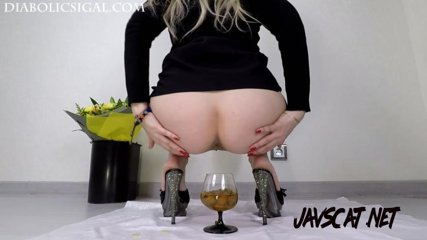 Special #954 Cocktail Made From Urine and Saliva Shit (2019 | 274 MB | FullHD)
