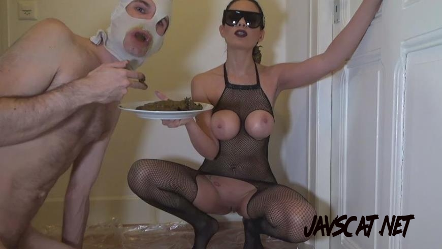 Special #1016 Yummy Shit in a Plate Femdom Scat (2020 | 334 MB | FullHD)